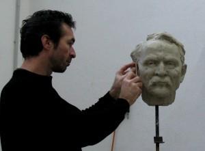 Modelage de buste en argile