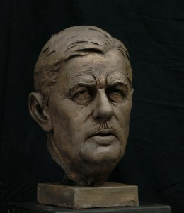 Buste- Charles De Gaulle