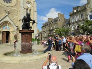 Statue monumentale en bronze de Du Guesclin